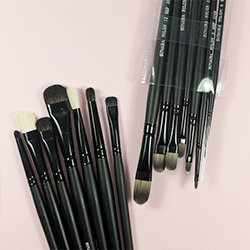 Brush Sets & Pouches