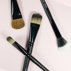 Foundation & Contouring Brushes